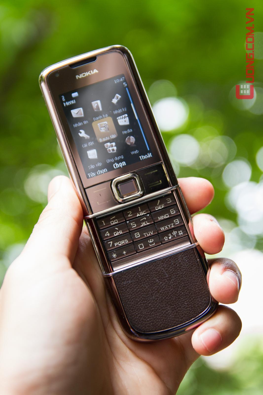 Sang trọng với Nokia 8800 Sapphire Arte Cafe