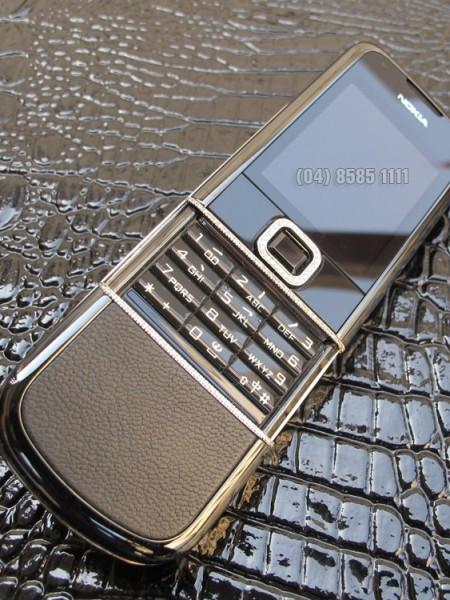 nokia-8800-sapphire-black-diamond-02