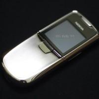 nokia-8800-thuong-mau-bac-03